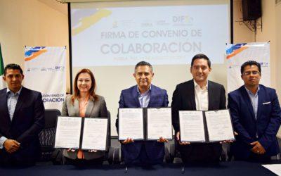 Convenio entre SMDIF y el IAP Puebla